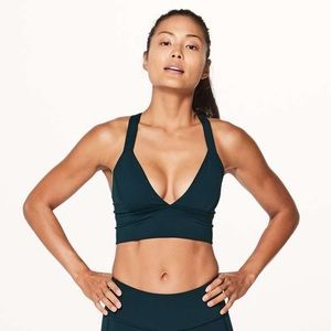 Lululemon sweat your heart out bra size 4